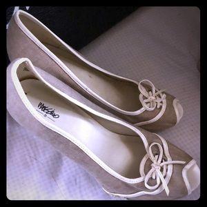 Size 8 open toe heel